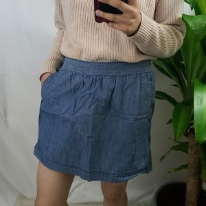 ♦️5/$20 Old Navy Chambray Pocketed Minskirt S XS
